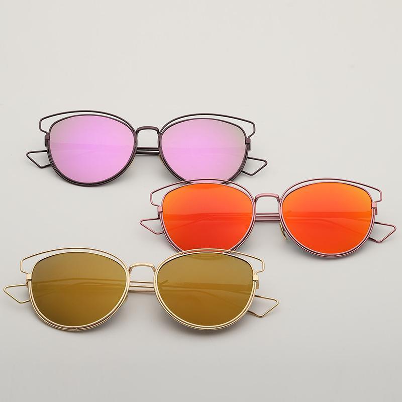 2020 Metallsterne schillernde Farbe Sonnenbrillen Sonnenbrille Frauen Metall mit großem Hohlrahmen