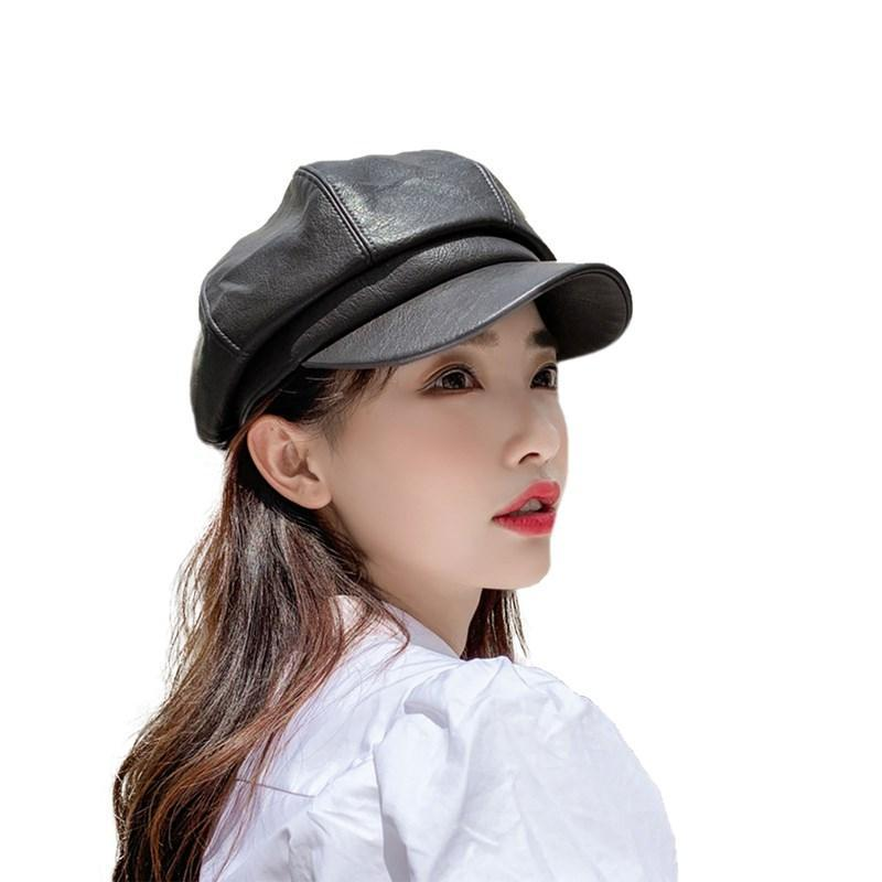 Berets 2021 Przylotki Damskie Skórzane ośmiokątne kapelusz PU Matte Koreański Moda Solid Color Wild Curved Brimed Peted Cap