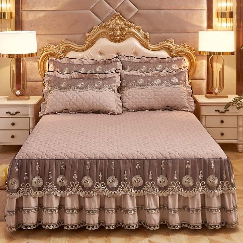 Couvre-lit de luxe européens et taies d'oreiller de 2 pcs d'époque jupe de lit en coton avec bord de dentelle Twin Queen King Size Literie Ensemble non-glissement 201127