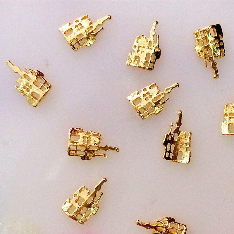 HU5a # makyaj için 20pcs / lot Japonya 3D Nail Art Dekorasyon Metal Kawaii Kale Stil Altın Kaplama DIY Nail Araçları