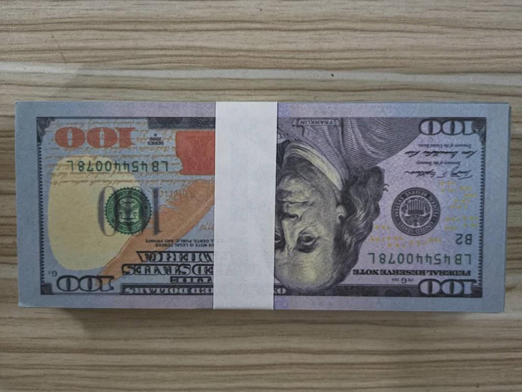 Cien paquetes de fábrica de la venta directa de tiro apoyos billetes de dólares de simular, euros, libras esterlinas billetes de banco aerosol tok juego de pistola