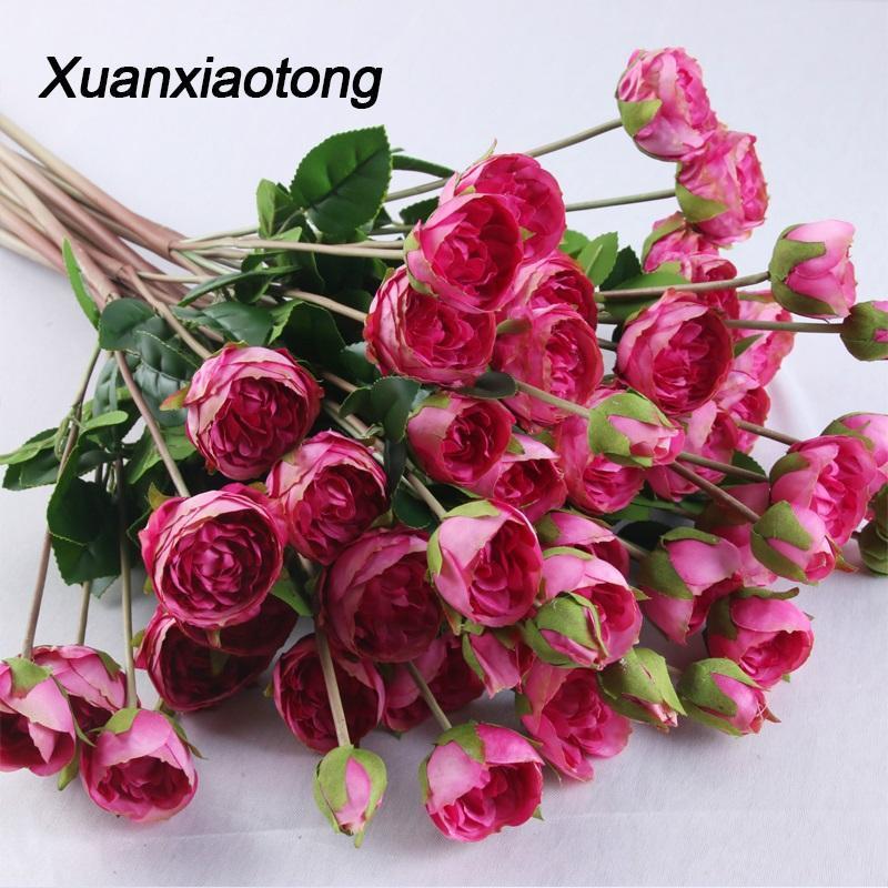 Xuanxiaotong 5 Cabeça de Rose Red Artificial Silk Flower Bloom flores com folhas Buds para o partido festiva Casamento Casa Decoração
