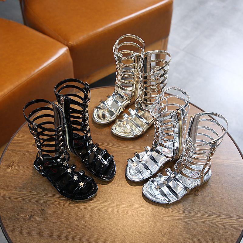 Çocuk Kızlar Roman PU 2020 Yaz Hollow Yeni Perçin Yüksek Sandalet Çocuklar Kaymaz Zip Düz Ayakkabı Orta Büyük Çocuk Ayakkabı