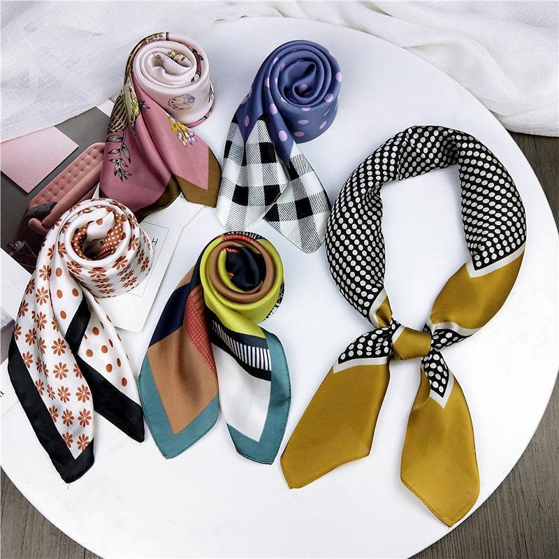Estate calda donne quadrati sciarpa di seta donne molli multicolore stampa Fazzoletto collo sciarpe decorativi foulard Abbigliamento Accessori