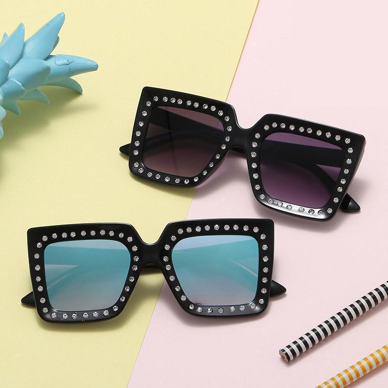 Rhinestone Kids Sunglasses Square niños Anti-UV Gafas de sol Gafas frescas para niñas Boys Oculos de Sol UV4001