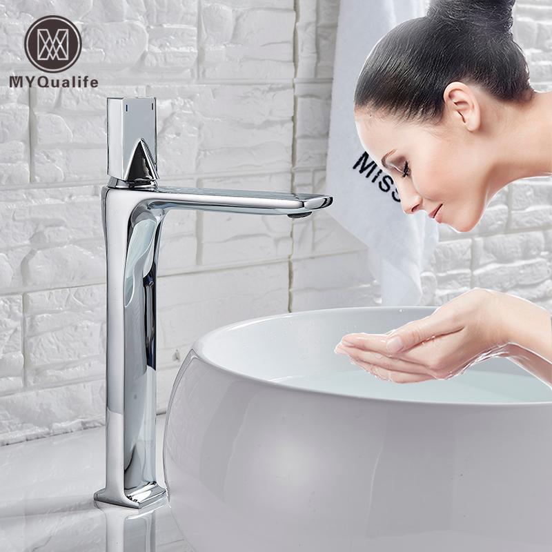 Siyah Sıcak Soğuk Havzası Musluk Güverte Kare Pirinç Banyo Mikserler Tek Kolu Beyaz Vanity Evye Mikser Musluk Havzası dokunun Monteli