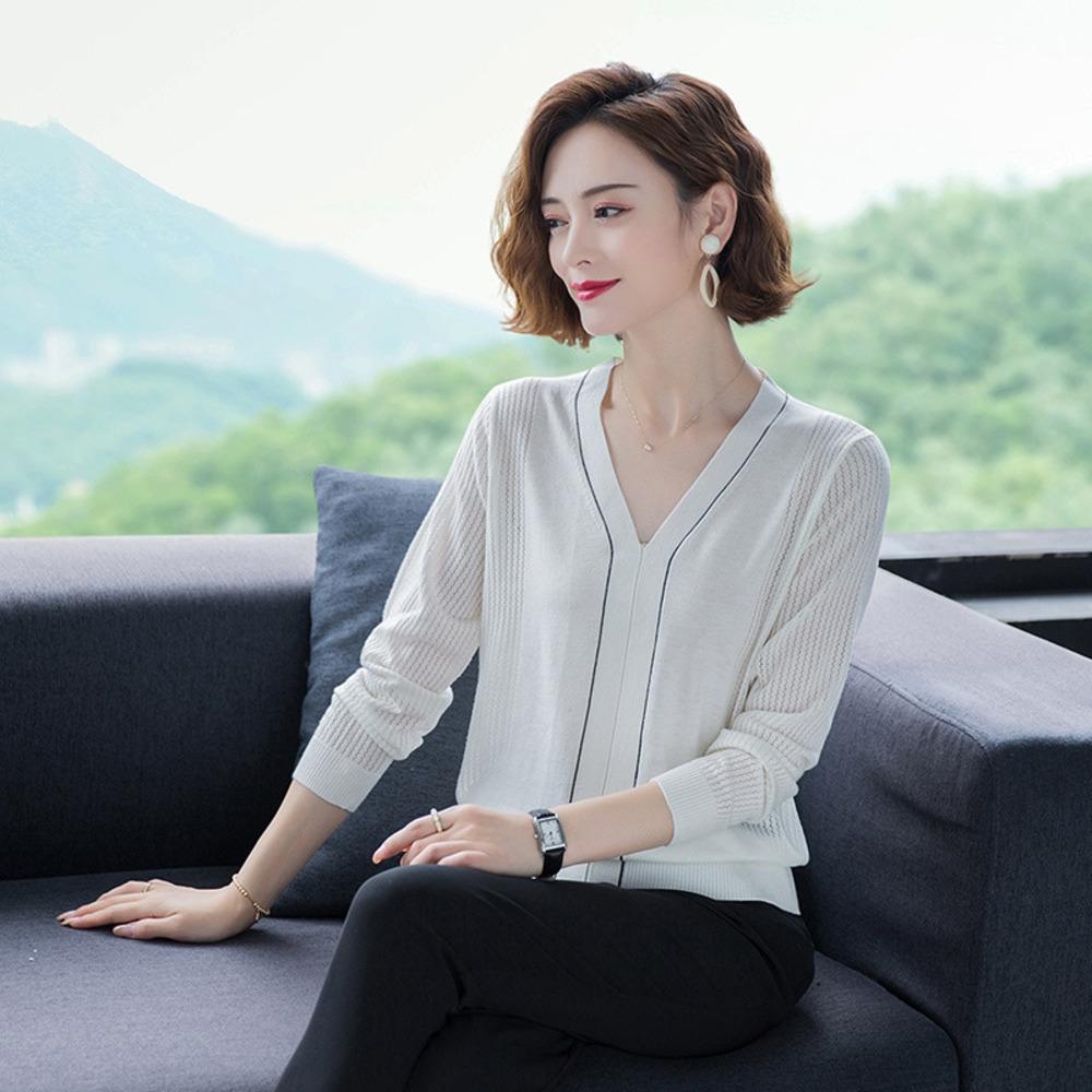 La primavera e l'autunno sottile con scollo a V a maniche lunghe maglione che basa la camicia per le donne 2020 nuova coreana collo maglione sottile inizio autunno lavorato a maglia
