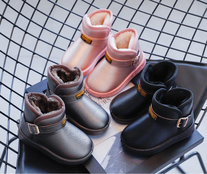 Fashion hot new high-quality unisex boys plus velvet snow boots, children's warmth, Velcro soft sole casual shoes