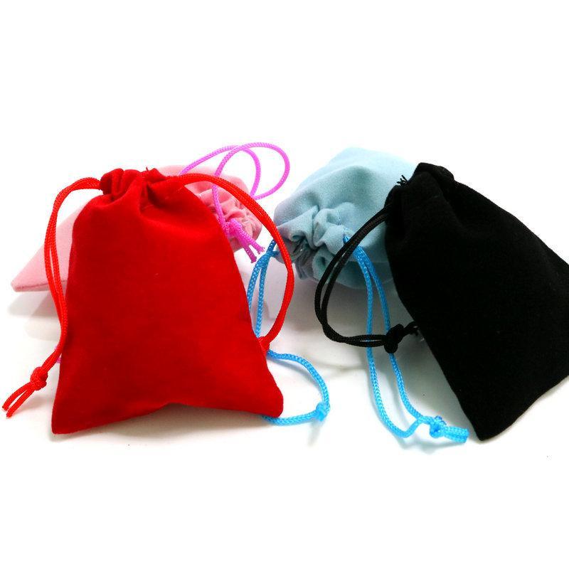 100 قطع 5x7 سنتيمتر المخملية الرباط الحقيبة حقيبة / مجوهرات حقيبة عيد الميلاد / الزفاف هدية أكياس أسود أحمر وردي الأزرق 4 اللون بالجملة 586 T2