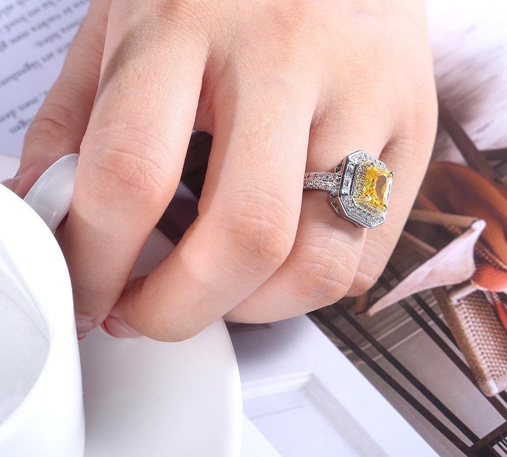 Amazon de luxe pour femmes Micro Ring-marqueté Zircon deux couleurs Bague en diamant princesse carré jaune diamant rue Fashion11