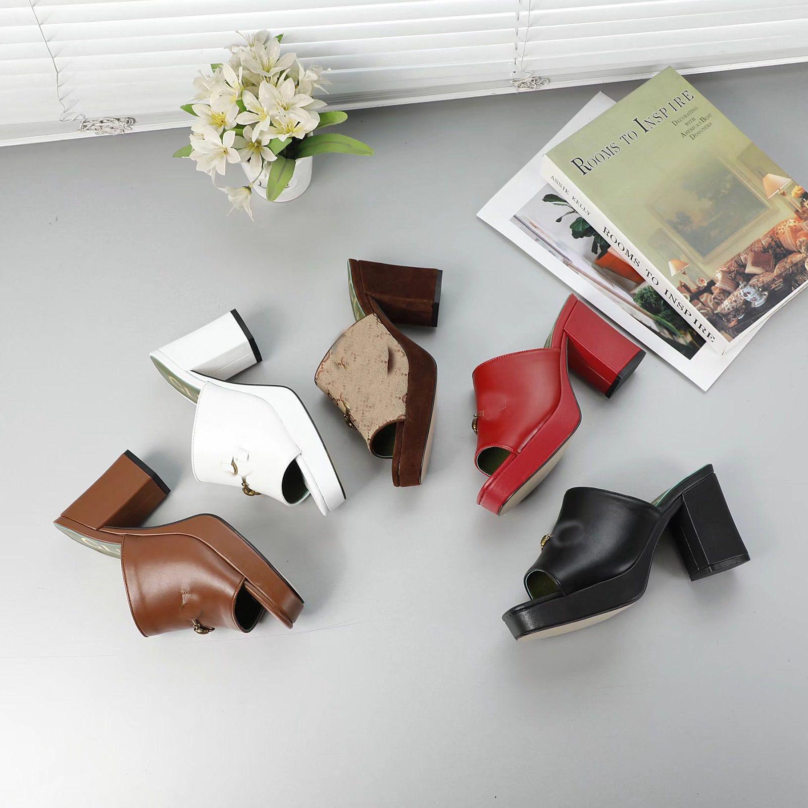 Nouveaux Designers Femmes Talons épais Sandales Sandales Filles Platform talons Chaussures Casual Chunky Pompes Cuir Soft Pantoufles en plein air Grand taille 41 # GL12