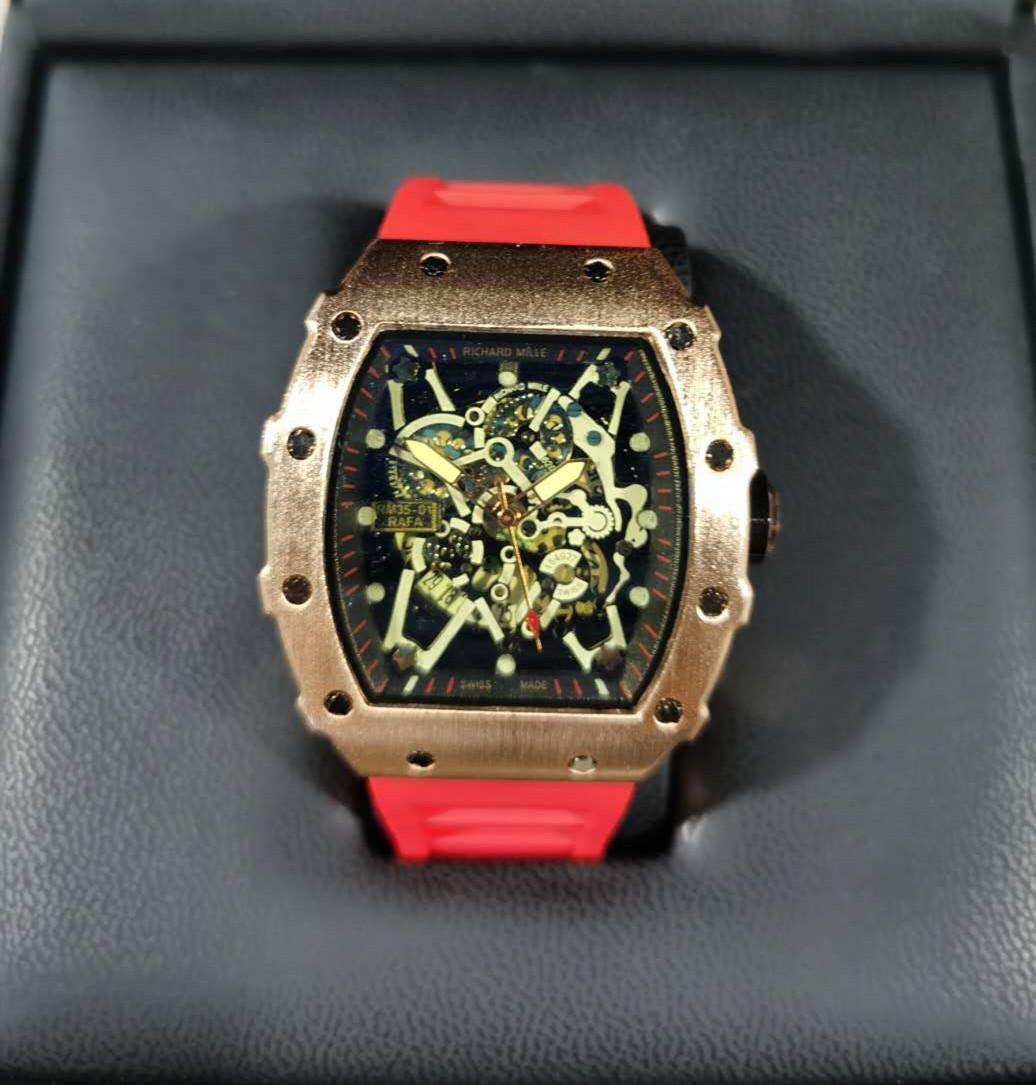 2020 Luxus Richard Skull Sportuhren Diamant Männer Frauen Quarzuhr Mode Uhr Zifferblatt Eingelegter Bohrer Männer Quarzuhr Freies Verschiffen BU