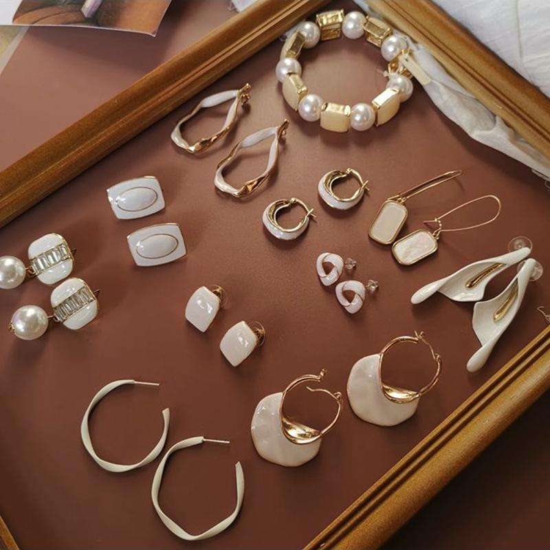 Мода капля глазурь белый эмаль корейский падение серьги нерегулярные геометрические круглые квадратные для женщин девушки oorbellen aretes de mujer