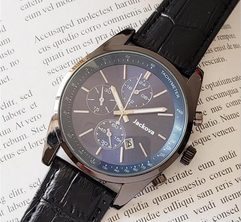 Nouveautés Comming Chronomètre Homme de chronomètre Montres de luxe Calendrier Quartz Calendrier Montre-Bracelet En Cuir Bracelet Fashion Business Hommes Montre Vente en gros