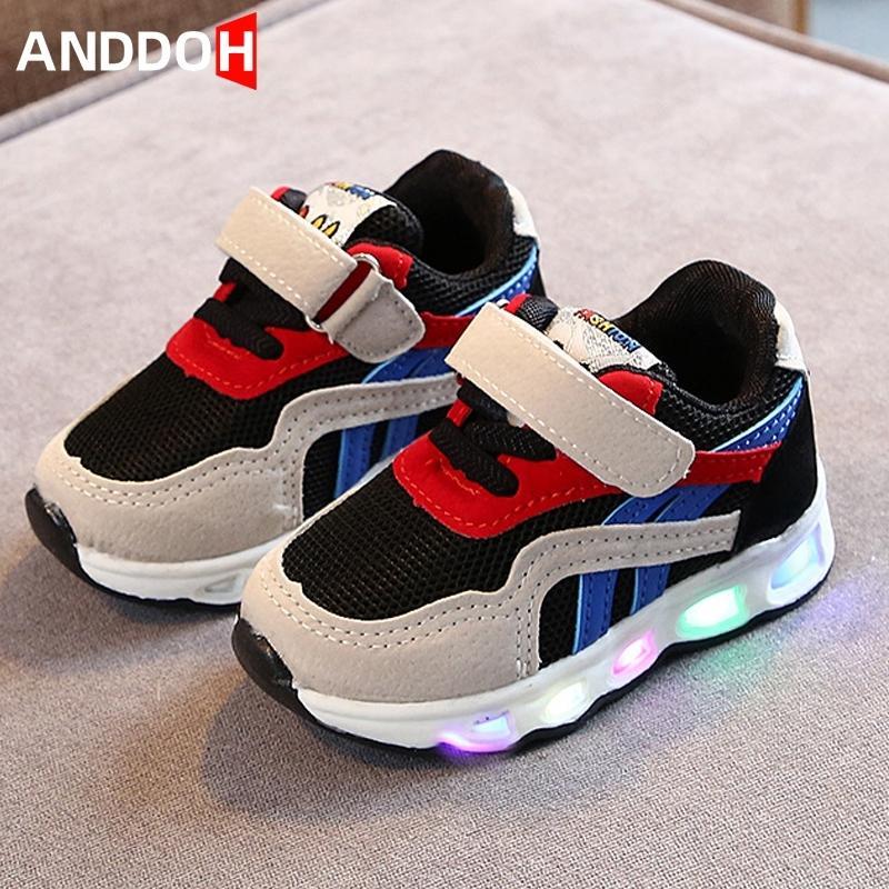 Размер 21-30 работает малыша детская обувь с огнями кроссовки детей с светящими подошвами светящиеся детские туфли мальчик кроссовки девушки 201114