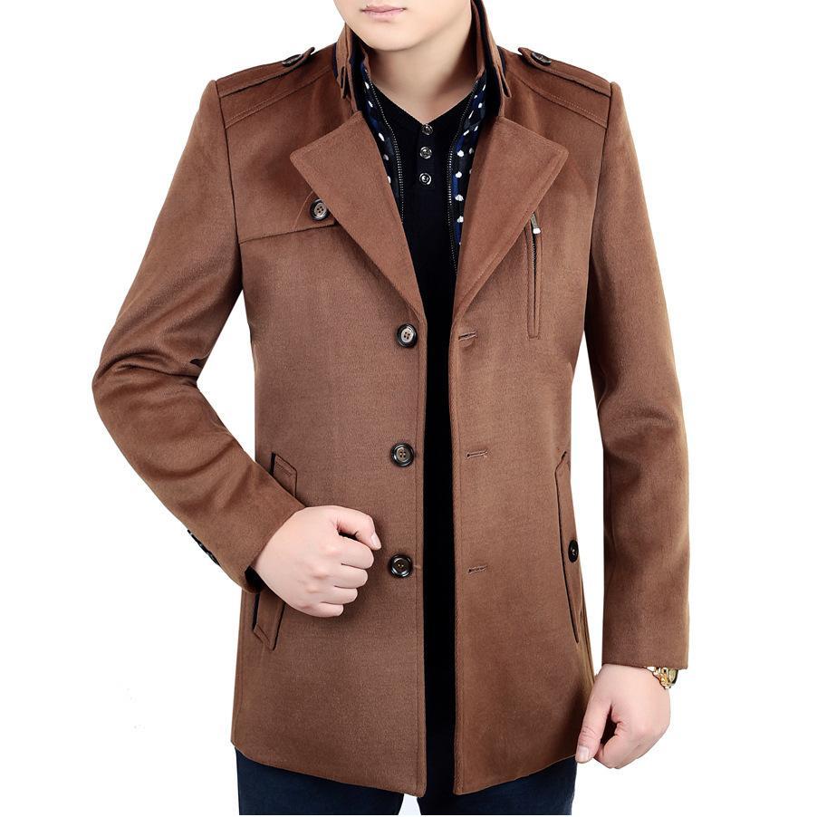 Мужская среднего возраст Pure куртки нагрудного костюм люди вскользь Top