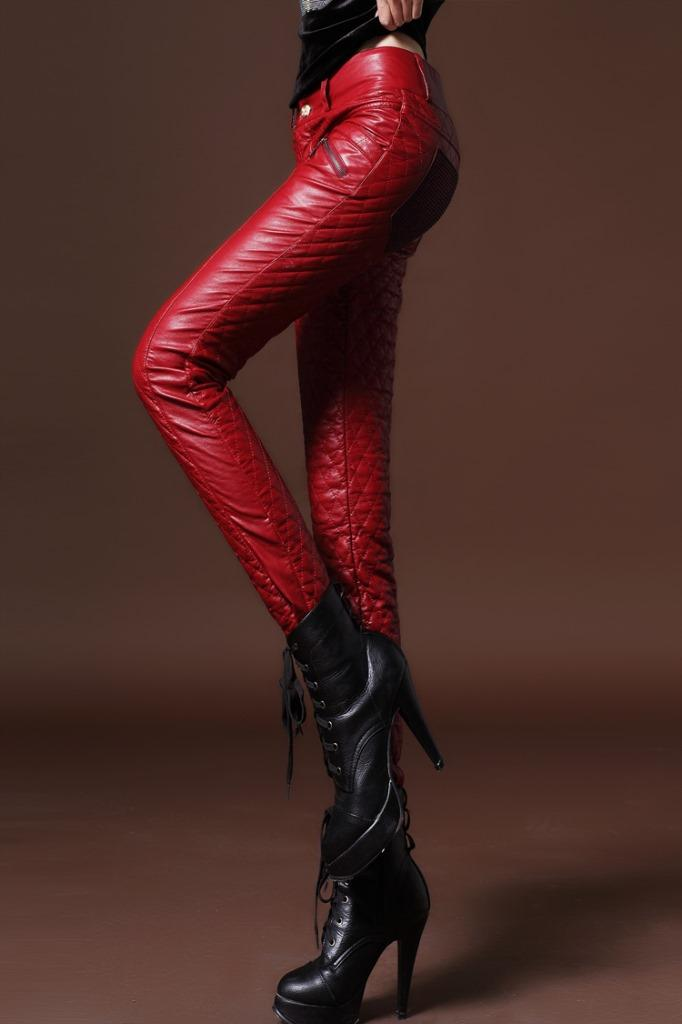 2021 Winter Women Faux Cuero Slim Fit Pants Pantalones Cálidos Pantalones para mujer Pantalones Pantalones Pantalones de PU gruesos de terciopelo