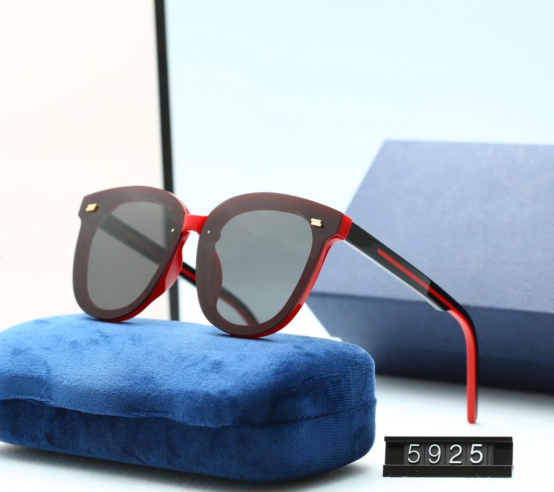 2020 Yeni Luxur En Kaliteli Klasik Kare Güneş Gözlüğü Tasarımcı Marka Moda Erkek Bayan Güneş Gözlükleri Gözlük Metal Cam Lensler Rthzj
