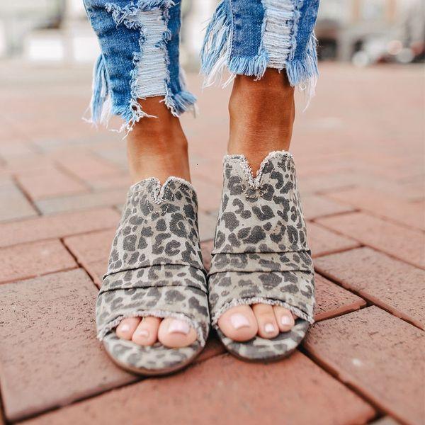 2021 Новые Женщины Весна Рыба Ротские Тапочки Полые европейские и американские Женские Обувь Нижний Каброд Наружные Сандалии 1WSP