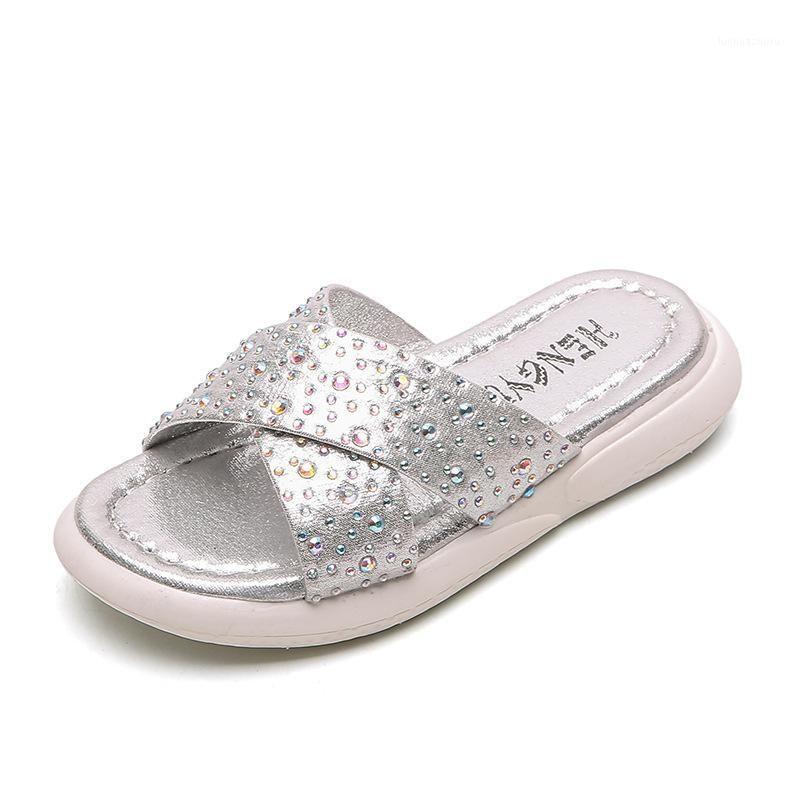 Zapatillas para chicas 2020 Verano Nuevo Rhinestones salvajes en Zapatos de princesa para niños Sandalias y zapatillas para niñas Flip Flops1