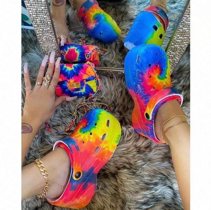 Sabots Sandals 2021 Sandales Beach Femme Croc Diapositives sur Chaussures Plate-forme Slip Chaussures pour Girl Beach Garden Sandales de mode En plein air # FT1H EUBNJ