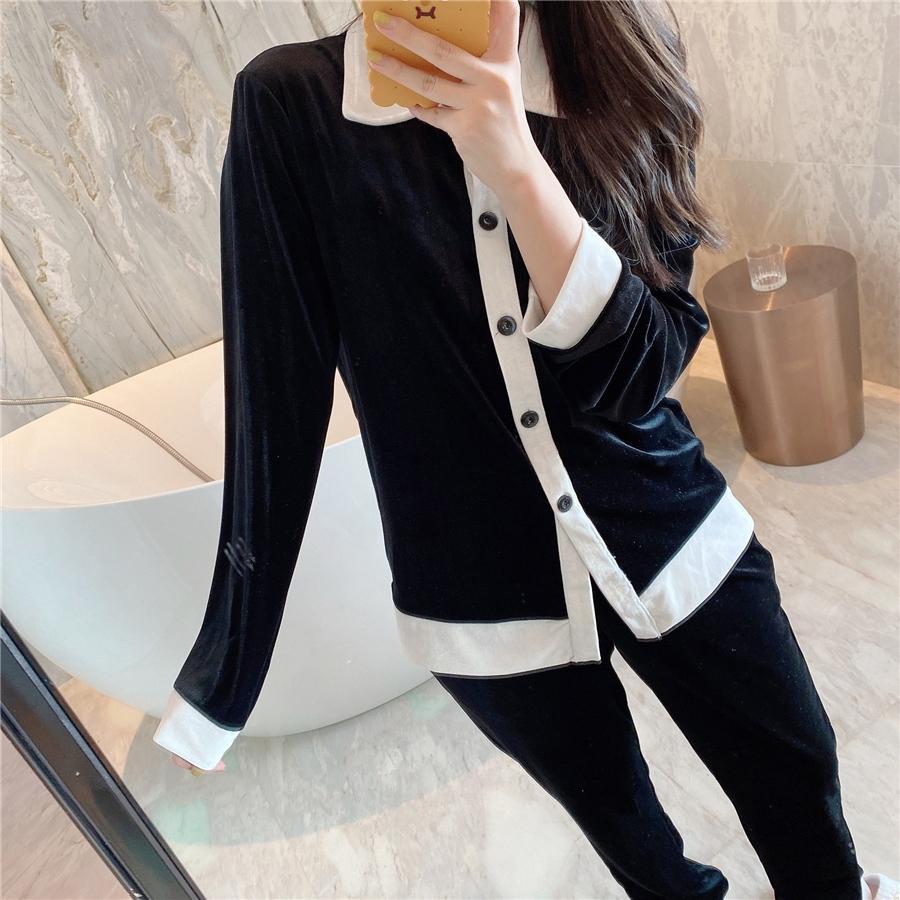 Pijamas de terciopelo de alta calidad 2021 New Black White Women Ropa de dormir de lujo Invierno blanco Manga larga Velvet Women Pijamas diseñador # 206 # 4660099