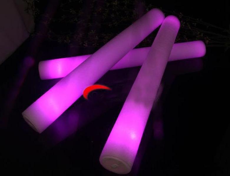 LED 가벼운 스틱 거품 소품 콘서트 파티 깜박임 빛나는 Christams 축제 어린이 선물 DH0323 장난감 2021