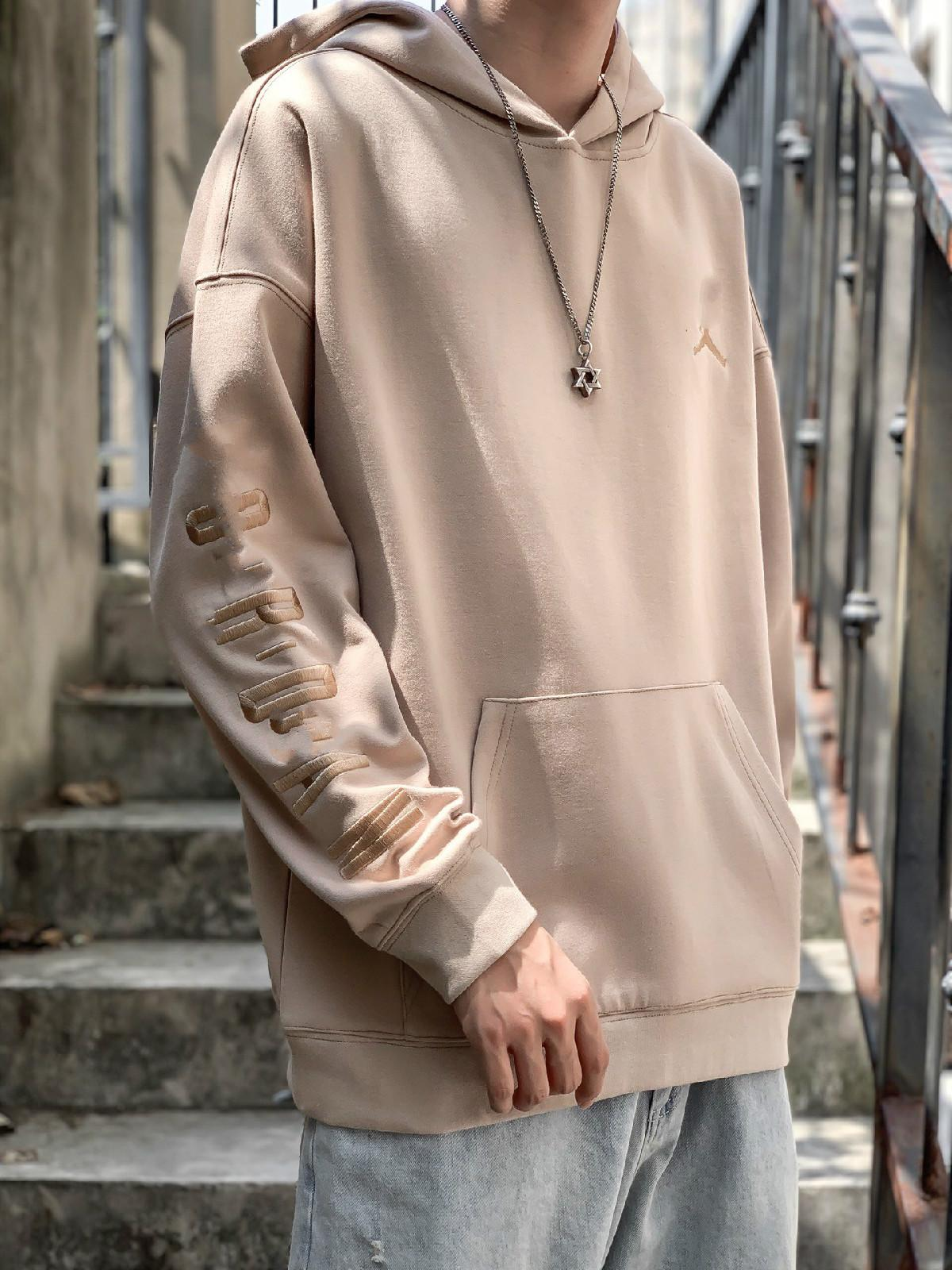 2020 nouveaux hommes cagoulés broderie occasionnels densité classique tissu de coton 320 grammes multi-couleurs des hommes et des femmes en option le même pull-over