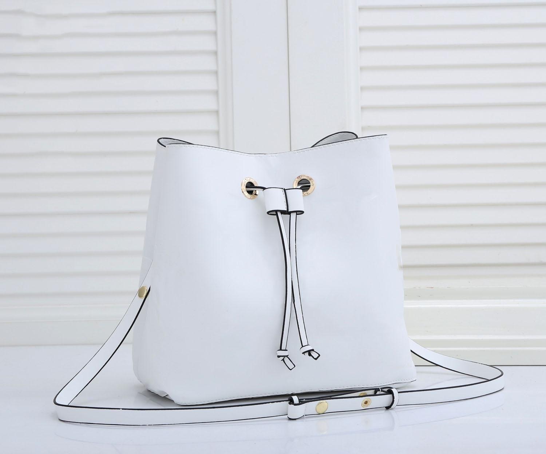HH 2021 Luxurys дизайнеры сумки женские кожаные сумки ведро сумки сумки сумки сумки для поперечных мешков на плечо люксы сумка 5 цвет