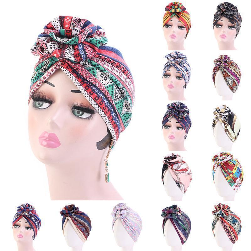 Bonnet / Crâne Casquettes Fashion Flower Imprimé Dames Turban Chapeau Boho Ethnique Bonnet Musulman Musulman Femme Noeud Twist India Femelle Head Wrap1