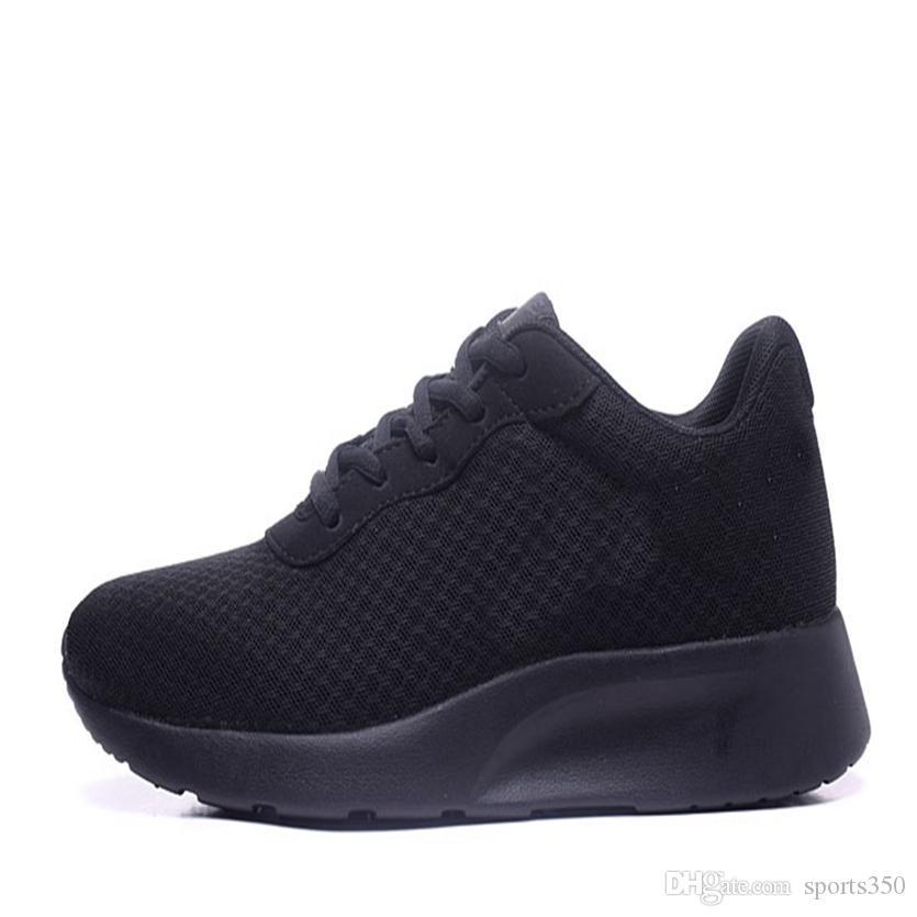Горячей продажа Новой моды мужчины женщин обувь Mesh Дышащие кроссовки Walking Мужчины Обувь New Удобный легкий Dhso-5456381