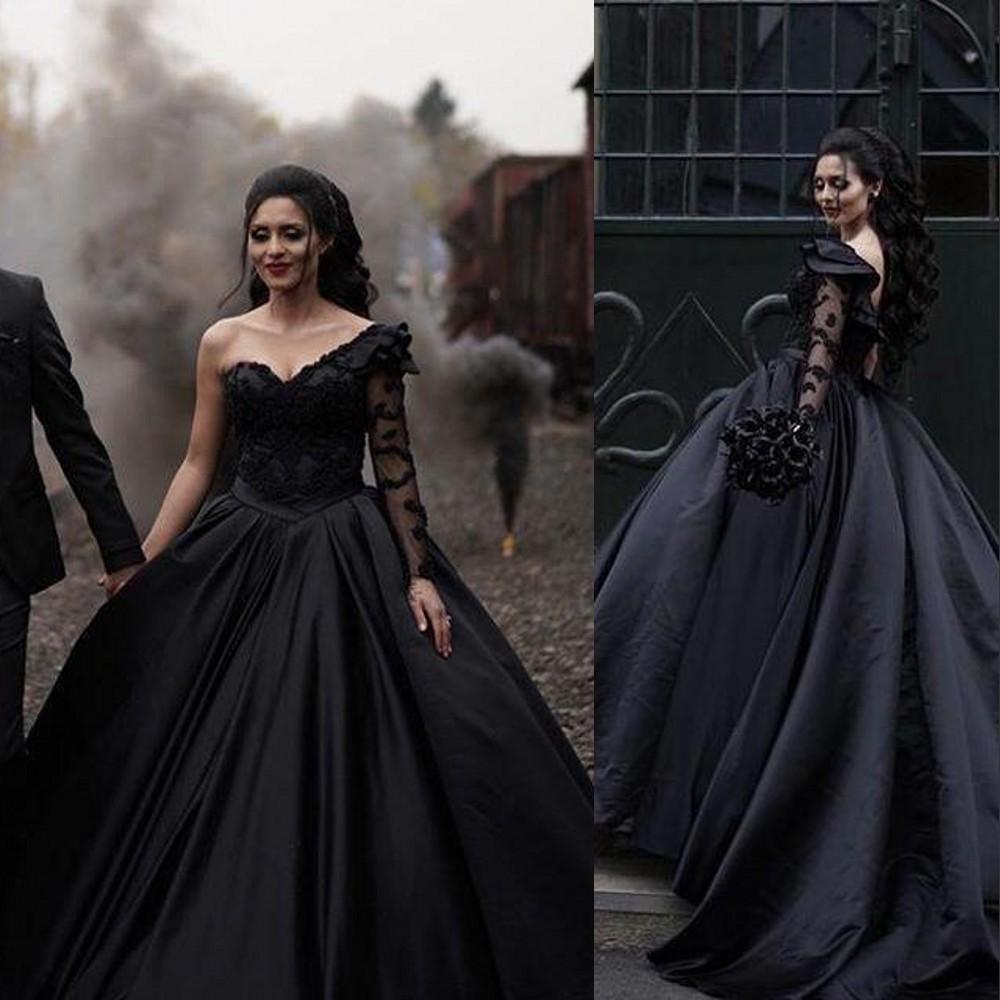 New Gothic Black Ball Gown Wedding Dresses 2021 One Shoulder Long Sleeves Princess Bridal Gowns Lace Applique Plus Size Vestidos De Novia