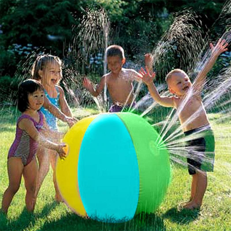 Hot Sale Lawn Summer Game Children's Toy Ball Water Jet Ball Water Balloons Inflatable PVC Water Spray Beach Ball for Outdoor 200928