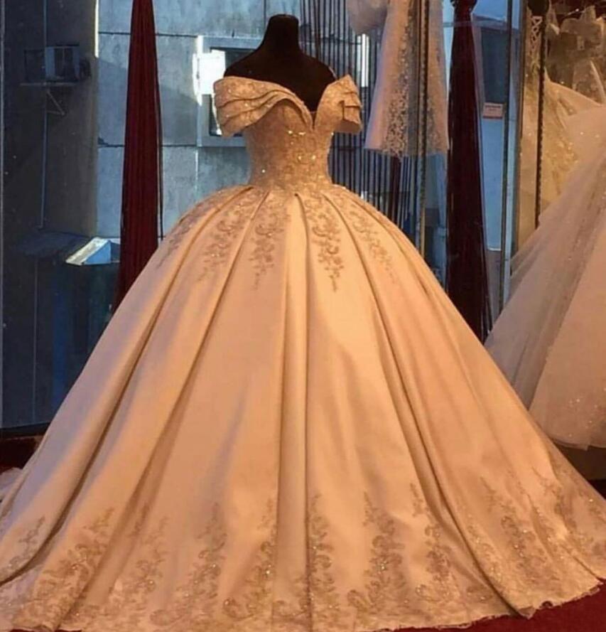 Vestidos de novia Vestidos de novia Champagne Apliques con cuentas Vestidos de bola Vestidos de novia 2021 Fuera de los hombros elegantes vestidos de matrimonio más tamaño