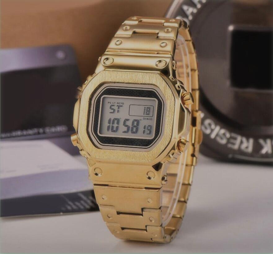 Vendita calda Fashion Square progettista della vigilanza degli uomini impermeabile Orologi Militari sportiva di lusso digitale analogico orologi sportivi