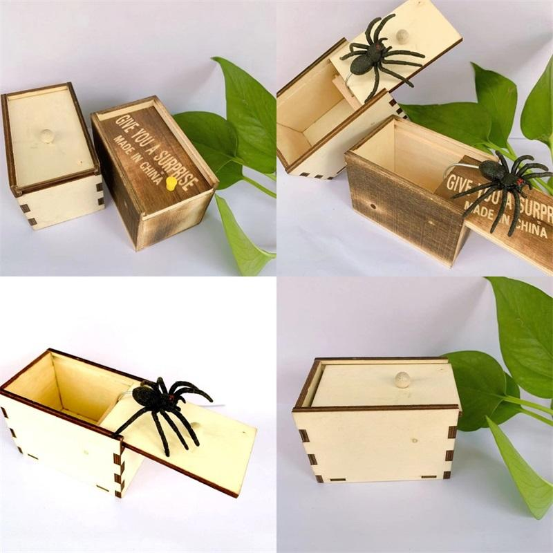 Play Joke Spider Box 9.5 * 6.5 * 6 سنتيمتر سيليكون تعطيك مفاجأة المزحة الخفية صناديق خشبية صغيرة لعبة هدية دراجة ترتيب التجربة 3 5BY M2