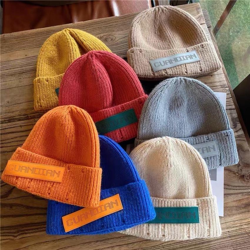 Cappello con etichetta di moda coreana Maj4