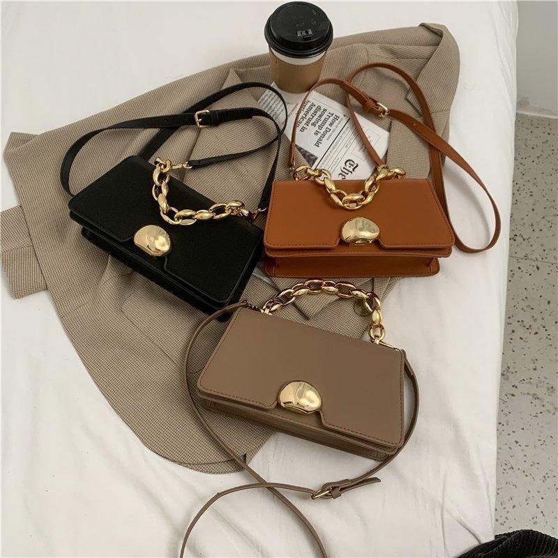2021 bolso de bolso Big Messenger PU Pequeñas bolsas pequeñas para Crossbody Lady Mujeres Cuero Bolso sólido Cadena gruesa Mini mujer Hebilla Color Vimti
