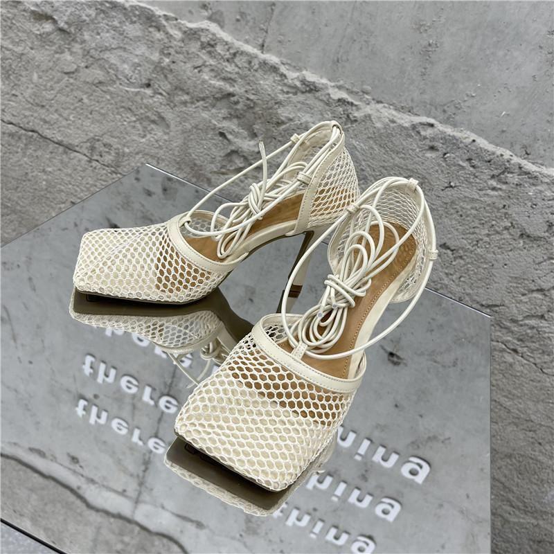 New Nude Black Net Malla Marca Zapatos Sandalias Altas Sandalias Mujer Square Toe Tokle Strap Sandalias de verano Sexy Lace Up Party Zapatos Mujer