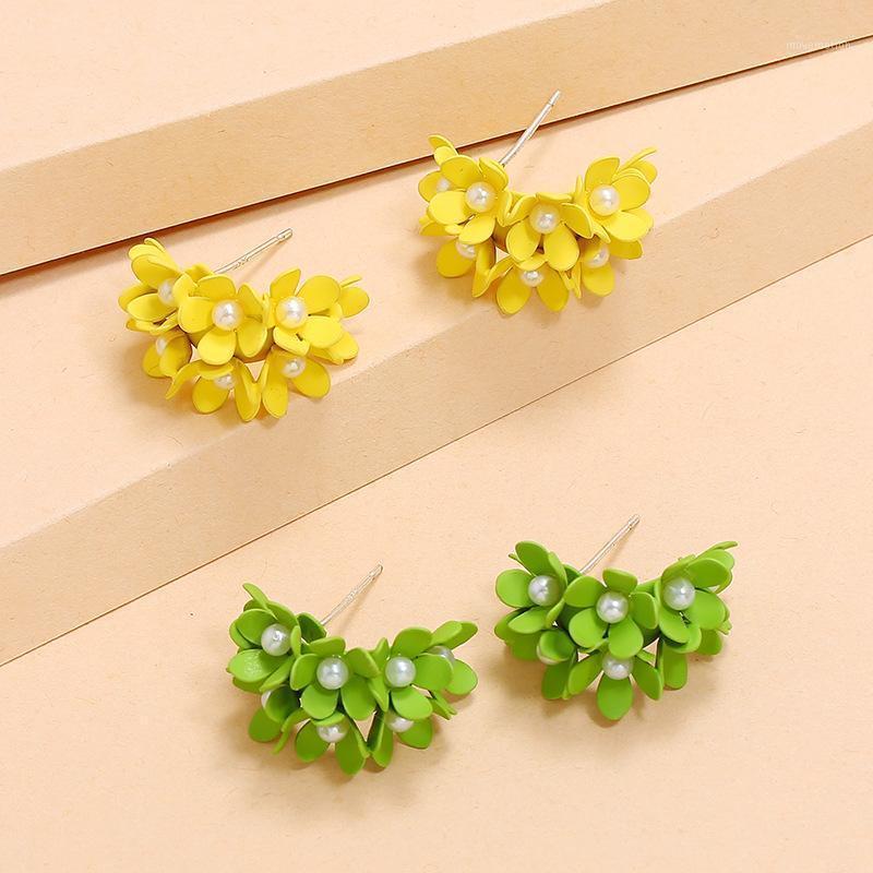 Temperamento della moda All-match Orecchini di perle non-tradizionali Giapponese e coreano New Creative C- Shaped Semplice Metal1