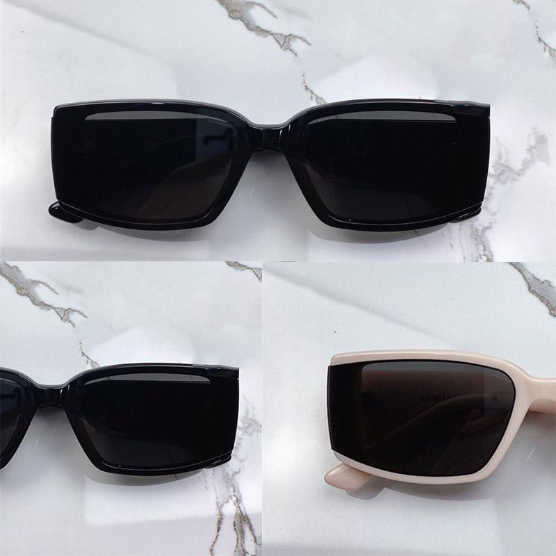 Deus New Fashio Net Celebrity Sunglasses para homens e mulheres Uvstone protege os olhos usando as principais placas para criar quadros quadrados para Wome
