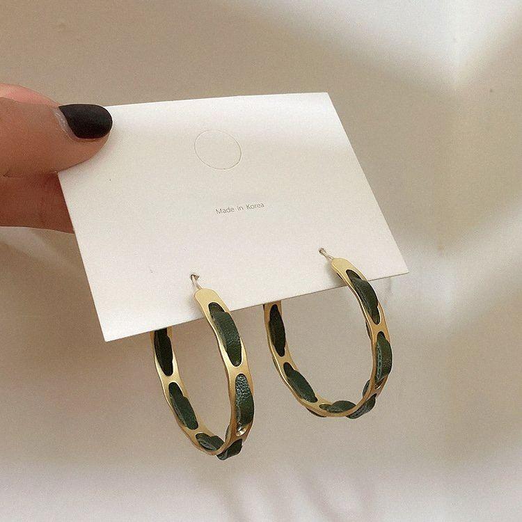 2020 neue Frauen-Temperament wilde Mode Leder, Metall, Gold Big-Band-Ohrringe für Mädchen-Band-Ohr-Ring-Hochzeit Schmuck t74e #