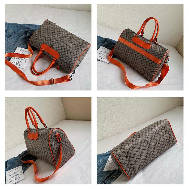 Puou Newest Hot Fashion Women Light Handbag Lattice Pu Waterproof Yoga Fitness Travel Bag Shoulder Portable Diagonal Package