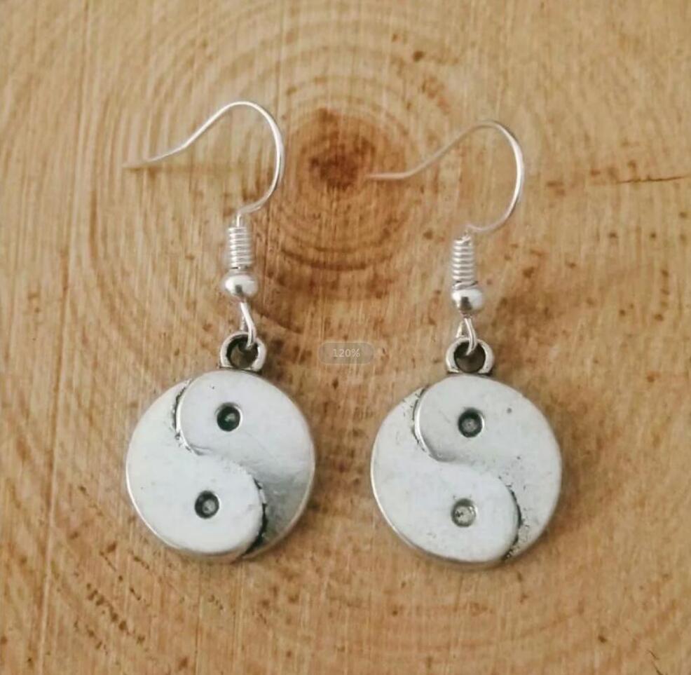 NEW fast shipping Metal Crescent Alloy Amulet Yin and Yang Bagua Earring Friendship Charm Drape Earring DIY Women Jewelry Gifts 243