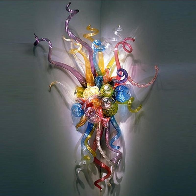 تخصيص الزجاج المنفوخ LED مصابيح جدار الفن الحديث ديكو الملونة زجاج مورانو تشيهولي نمط جدار الفن ديكور المنزل إضاءة زجاج الجدار الشمعدان