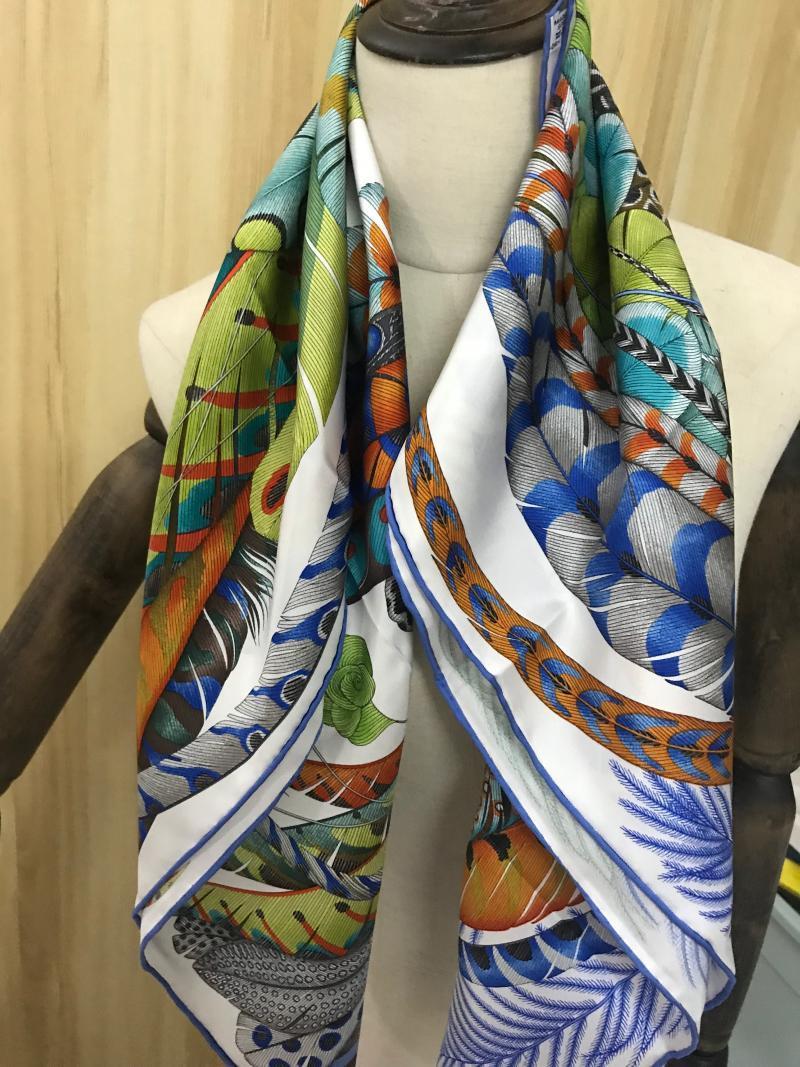 2020 nouvelle arrivée printemps automne classique rouleau fait main sergé foulard en soie 100% pur 90 * 90 cm wrap châle pour les femmes dame