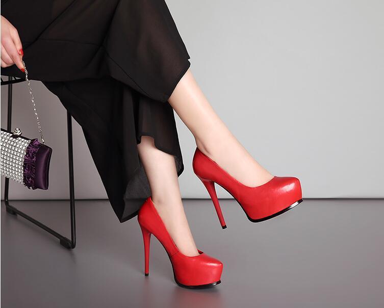 Deri süper yüksek topuklu su geçirmez bir platform kadın ayakkabıları Siyah yüksek topuklu 13cm düğün ayakkabı sığ ağız tek shoes0009