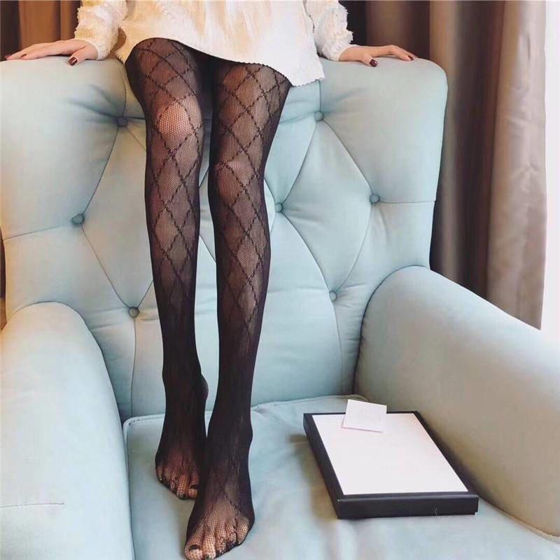 Siyah Seksi Örgü Kadınlar Uzun Çorap Moda Mektup Baskı Bayan Tayt Çorap Bayanlar Gece Kulübü Parti Net Çorap Külotlu Çorap