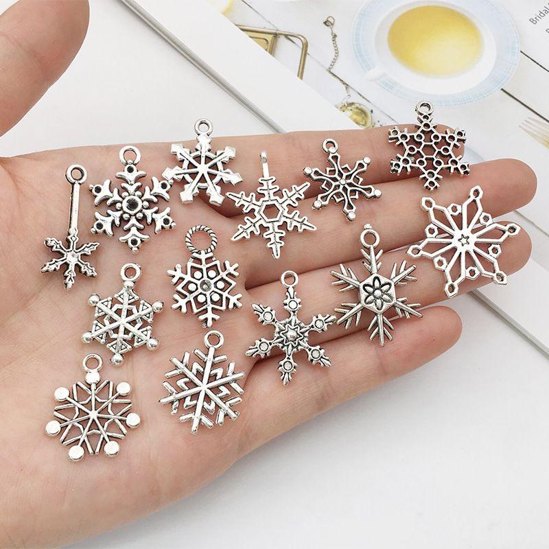 مختلطة سحر عيد الميلاد ندفة الثلج المعلقات صالح للقلادة سوار صنع المجوهرات مجوهرات اليدويه اليدوية العتيقة اكسسوارات فضية