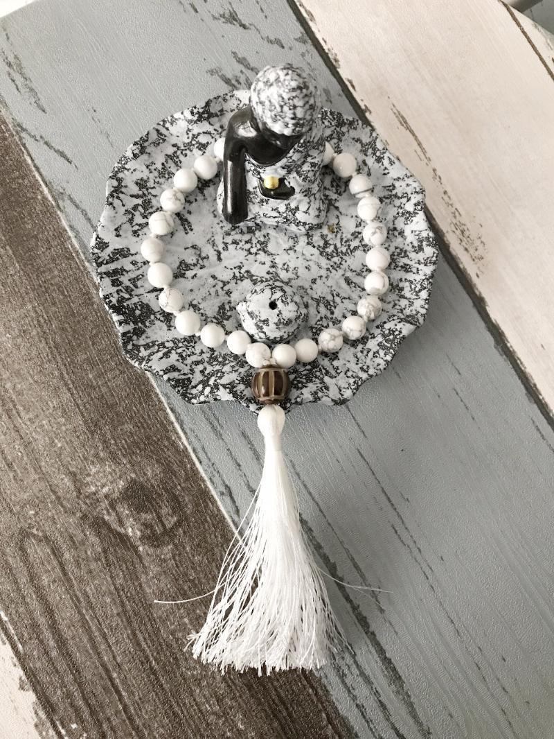Ручная завязанная Mala Mini Rasher Braclets 8 мм белый браслет Howlite энергии молитвенные браслеты дзен беспокоиться бусины йога браслет1